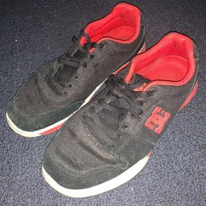 DC SNEAKERS Size 11